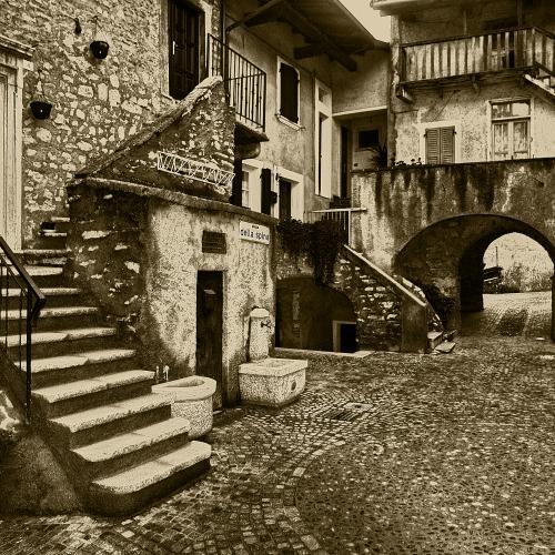 L'architettura dei borghi rurali di Tremosine sul Garda